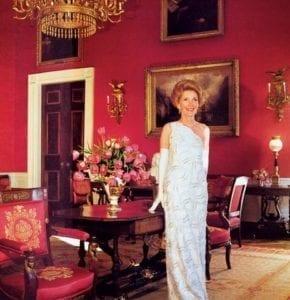 NancyReagan_Vogue1981_ByHorstPHorst