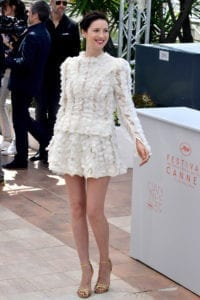 Caitriona-Balfe-Cannes-2016-Money-Monster-Photocall-Red-Carpet-Fashion-Louis-Vuitton-Tom-Lorenzo-Site-1