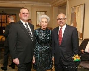 Gregory Hines, Sandy Goldberg MD and UIC Hospital & Clinics CEO Avijit Ghosh